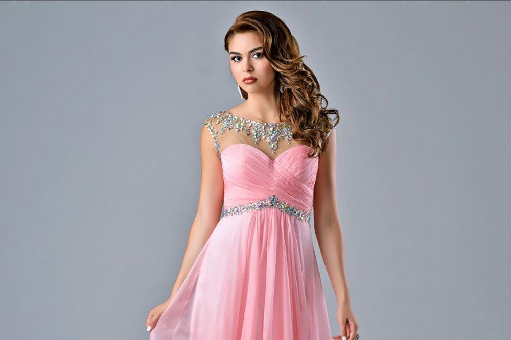 How To Find Your Perfect Prom Dress Image